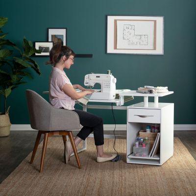 Mesa para costura y manualidades